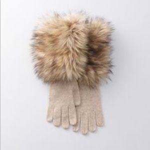 LOFT Knit & Faux Fur Gloves